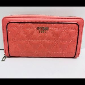 GUESS Quilted Continental Zip Wallet!! New!!